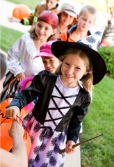 Kids_-_Trick_or_Treat-1.jpg