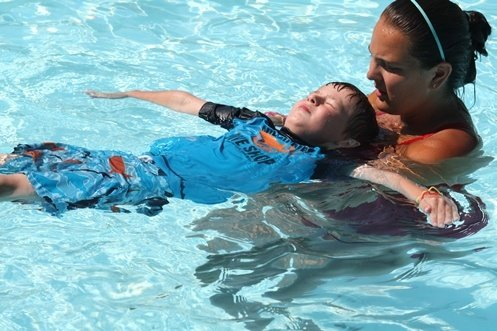 teach to swim program and swim lessons