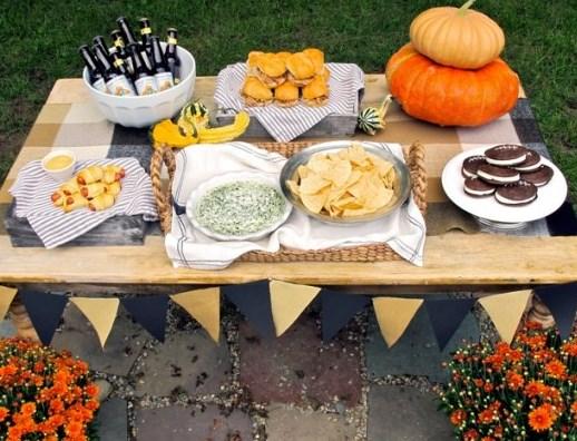 Fall Backyard Tailgate Ideas